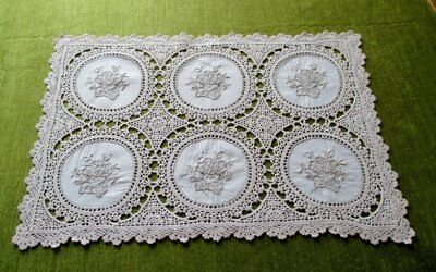 "VINTAGE TRAY CLOTH HAND EMBROIDERY & CROCHET-12.5""x 18.5"""