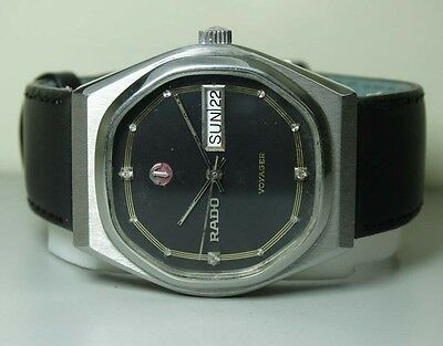 VINTAGE Rado Voyager AUTOMATIC DAY DATE SWISS MENS 30460252 WRIST Watch B532 OLD