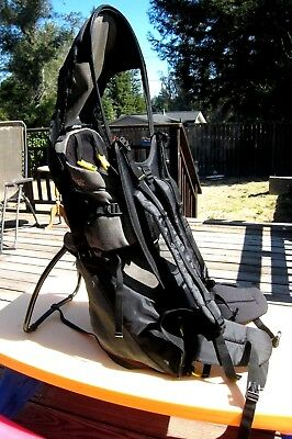 Snugli Cross Country Baby Carrier Hiking Backpack w/ Sun Hood Evenflo, Excellent