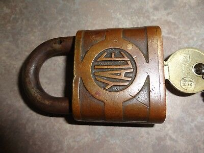 Yale Briggs Antique Lock with Keys