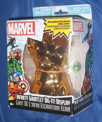 INFINITY GAUNTLET Marvel Comics DIG-IT DISPLAY w/Soul Gem (Thanos/Movie/Avenger)