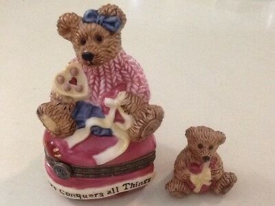 Boyds Bearware Pottery Heart Shaped Trinket Box Small Bear Inside Love Conquers