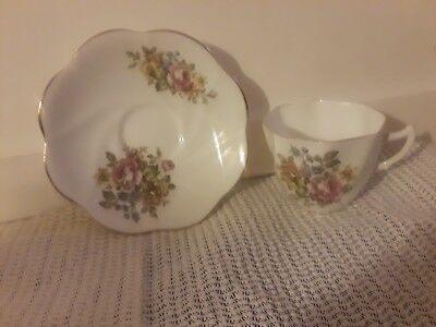 Crownford Fine Bone China teacup saucer made in England tea cup set roses flower
