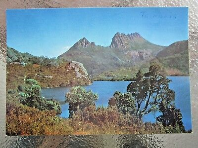 Postcard Dove Lake & Cradle Mountain Tasmania - Postage $1.50