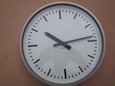 vintage gents GPO electric clock
