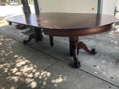 10 Seater Large 4 leaf 19th Century Americana Mahogany Dining Table Round