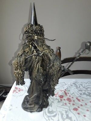Metal and resin 18 inch heavy wizard ornament
