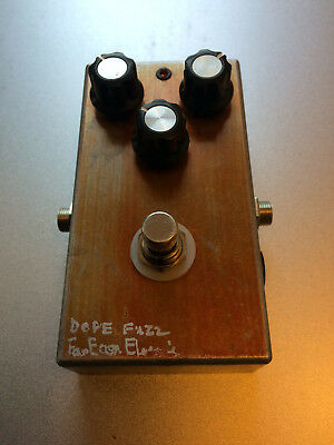 FAR EAST ELECTRIC HONDA SOUND WORK Dope Fuzz rare vintage collector pedal