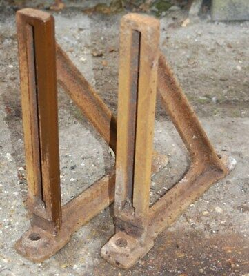 ANTIQUE VERY HEAVY DUTY CAST IRONINDUSTRIAL WALL BRACKETS with T SLOTS 5kg