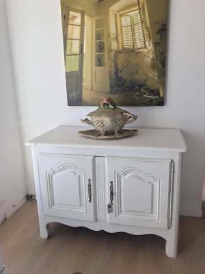 "Geräumige Kommode ""Jenny "" in Shabby Chic, Vintage, antik, by White & Wood"