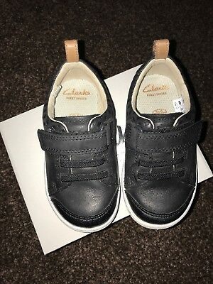 eaa5736ea42 Infant Baby Boys Clarks Hook   Loop Fastening Leather First Trainers Dash  Racer