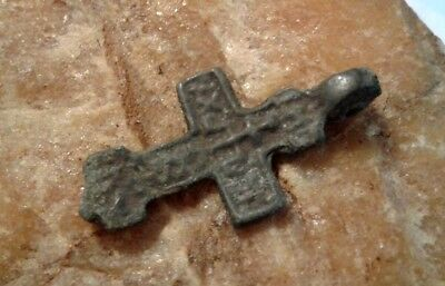 RARE MEDIEVAL EASTERN ORTHODOX or CATHOLIC BRONZE CROSS PENDANT 14-15th CENTURY