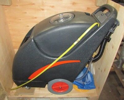 New Dayton Walk Behind Self Contained Carpet Extractor 14X836 w/ listed att