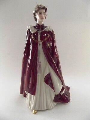 """Royal Worcester Figurine """" The Queen """" Ref 944/4"""