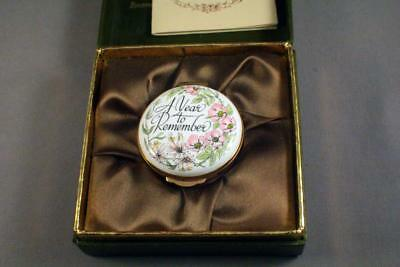 """Charming Crummles """"a Year To Remember 1983"""" Enamel Pill Box - Perfect"""