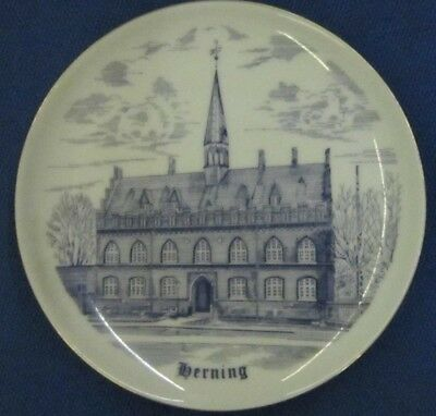 Bing and Grondahl City Plate  Serie HERNING TOWN HALL