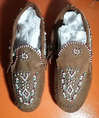 Authentic Vintage NATIVE AMERICAN Indian Seed BEADED MOCCASINS