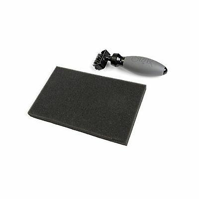 Sizzix Die Brush tool /& Foam pad for removing paper from Wafer Thin Dies 660513