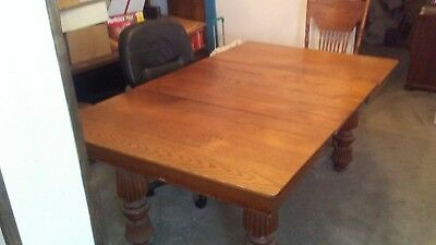 Antique Dining/Banquet Table Oak 5 legs