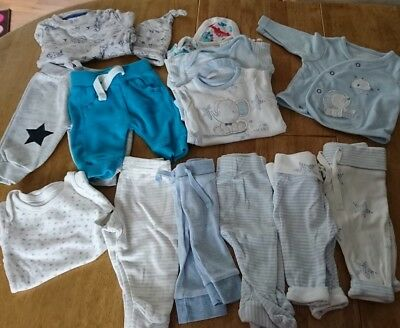 Babygrow sleepsuit & hatx1,trousers x7,long sleave vestx4,cardgon x1 first size