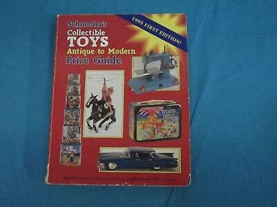 Vintage 1995 First Edition Schroeder's Toys Antique To Modern Price Guide