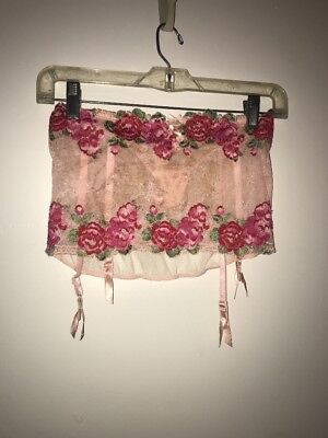 Victoria's Secret Pink Floral Garter Rhinestones Built In Panty Small New S/P