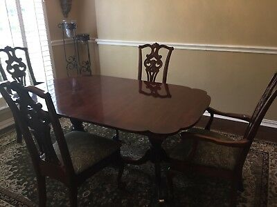 American Drew Vintage Chippendale Table