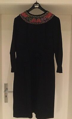 Vintage Dress 1960s - Small - Handmade - Wool & Embroidery - Mad Men Style