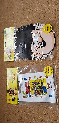 Unused unopened dc Thompson dennis the menace party masks and bags
