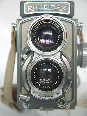 Rolleiflex 4x4, super condition with case, instructions. needs slight TLC.