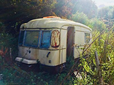 VIKING FIBRELINE CARAVAN, 2 BERTH,  LATE 60's/EARLY 70's, RESTORATION PROJECT