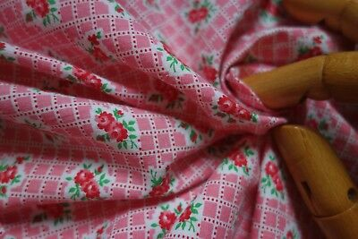 VINTAGE RED ROSE/LIPSTICK PINK PRINTED Tiny GRID COTTON REMNANT 37W X 22L Doll