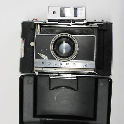 Polaroid 180 WITH FILTER AND CLOSE UP,needs verification rangefiner