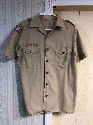Boy Scouts Of America Shirt Size  Mens Medium.          W