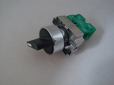 Selector Switch 2 Position Spring Return with 1 N/O Contact