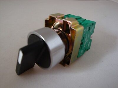 Selector Switch 3 Position Spring Return Left to Centre with 2 N/O Contacts