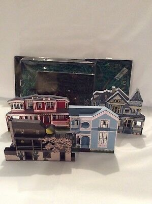 Shelia's Collectibles Houses - Lot of 4 - New In Boxes!!