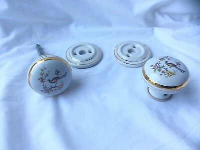 Attractive Pair of White Patterned Porcelain Door Knobs with Backplates