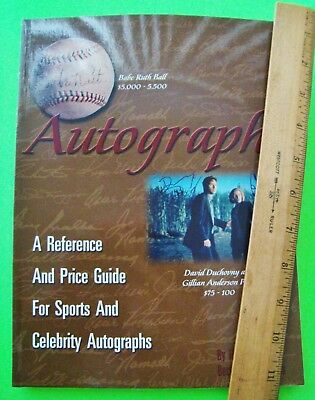 A REFERENCE & PRICE GUIDE FOR SPORTS AND CELEBRITY AUTOGRAPHS Illustr'd Nr-MINT