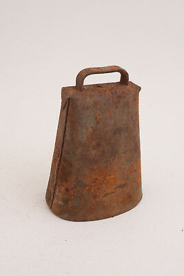 "Large Rusty Cow Bell with Clapper 6"" Nice Tone 1 lb 4 oz Ounces"