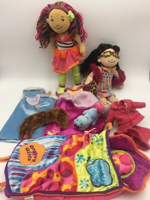 2 GROOVY GIRL Dolls Lot Plus SLEEPING BAG Cat & Outfits