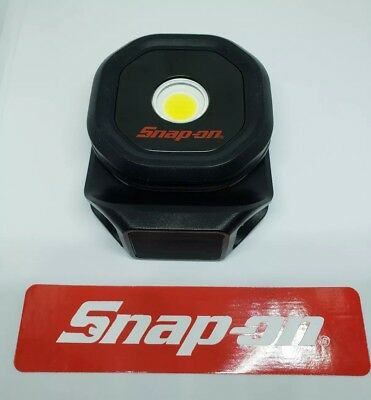 New Snap On 700 Lumens Rechargeable Mini Shop work Light RED