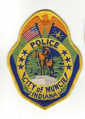 Muncie (Delaware County) IN Indiana Police Dept. patch - NEW!