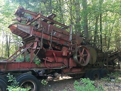 Pioneer Portable 24X36 Roll Jaw Crusher Plant V42 10X36 Rock Jaw
