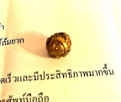 Real powerful Ajarn O hypnotic amulet hypnotize feelings mind strong love charm