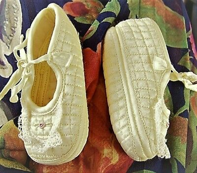 Vtg Pair of BABY GIRL or Doll SHOES Quilted Light Yellow Satin with Lace Trim