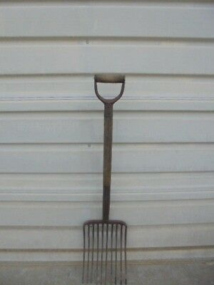 Vintage 10 Tine Steel Silage, Potato, Manure Primitive Farm Pitchfork