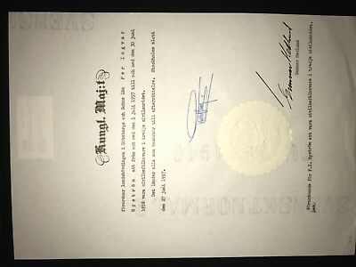 Gustaf VI Adolf, King of Sweden signed document