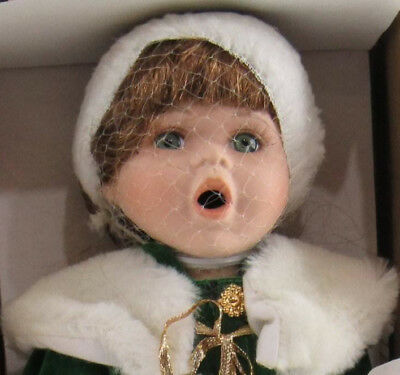 Crowne Fine Porcelain Doll Holly Vintage 1998 Stand Holiday Green Coat Handmade