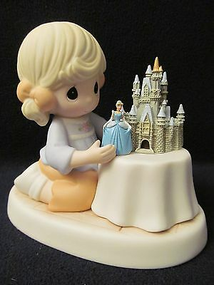 """New Disney Precious Moments #690003D~Cinderella """"A World of My Own""""~Park Excl."""
